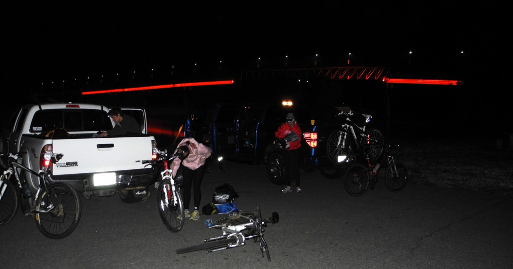Unsupported teams dropped off their bikes for pick up later in the day. The temperature was just around 40 F.
