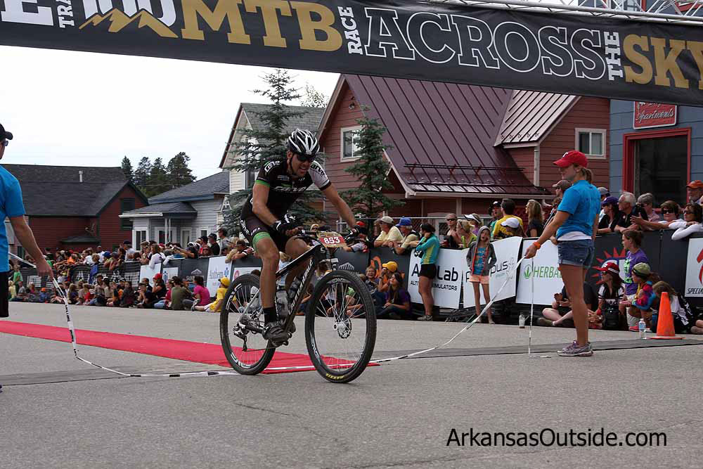 Scott Penrod finishing his third Leadville 100.