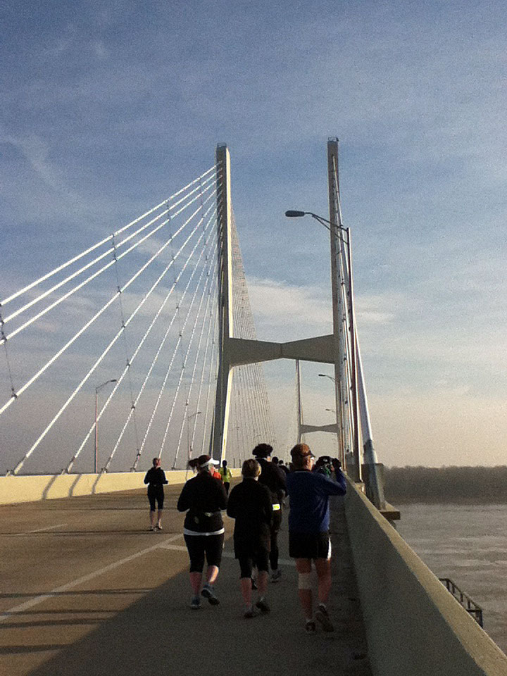 Crossing the Mississippi River Bridge heading east.