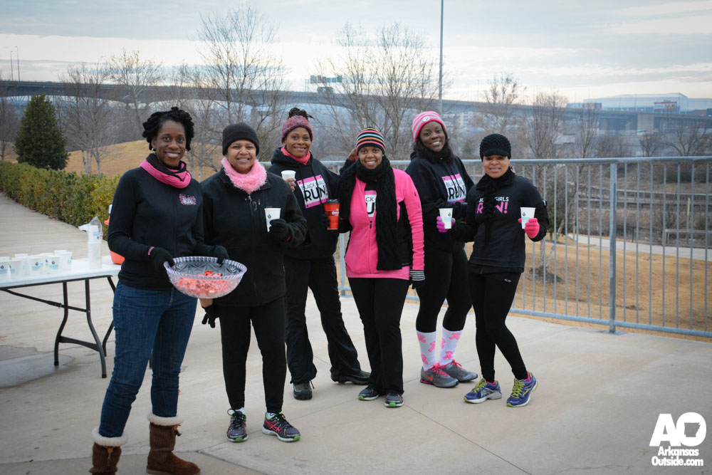 "The running group, ""Black Girls Run"" provided candy, water, gatorade and tissues at the Clinton Library turnaround."