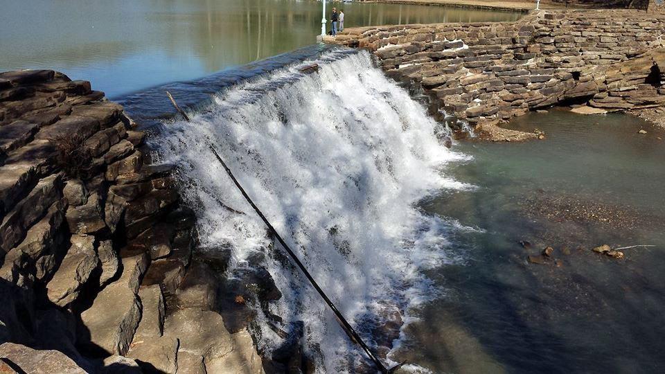 The dam at Devil's Den State Park.