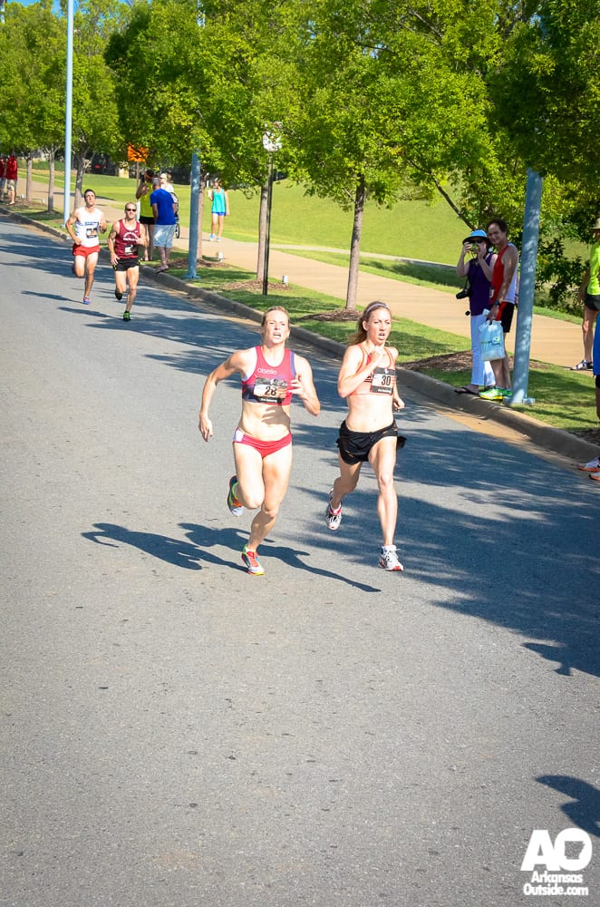 Christy Cazzola and Lauren Paquette sprint it out.